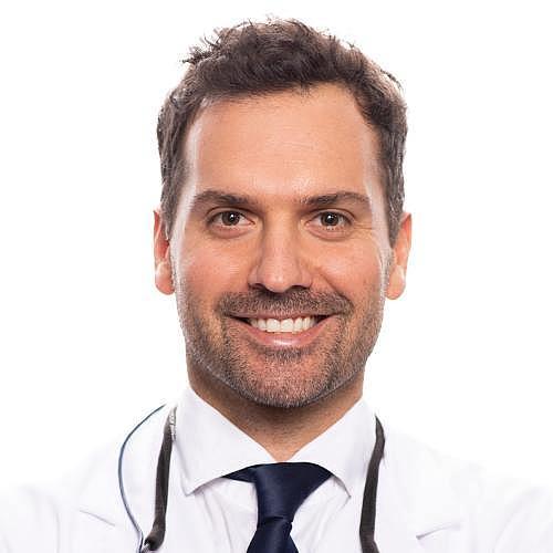 Dr.  Alejandro Lanis
